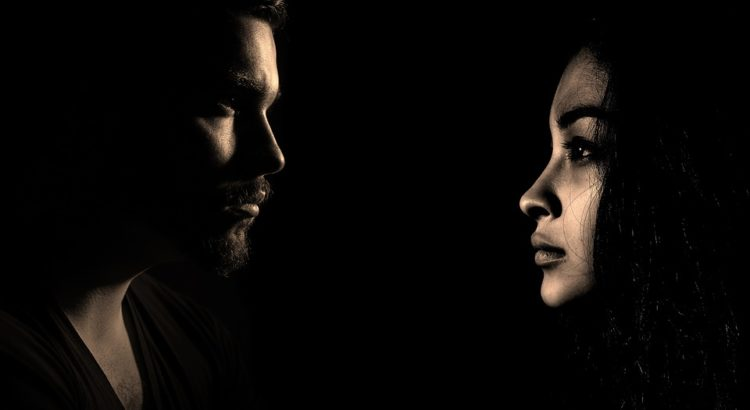 Rozwód z orzeczeniem o winie – co daje stwierdzenie winy w sprawie rozwodowej?